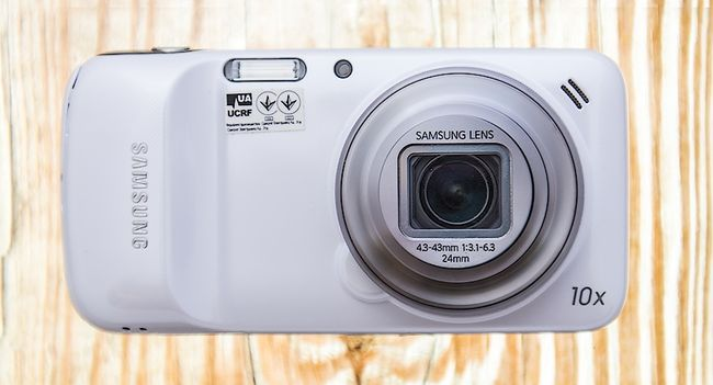 Review of Samsung Galaxy S4 Zoom