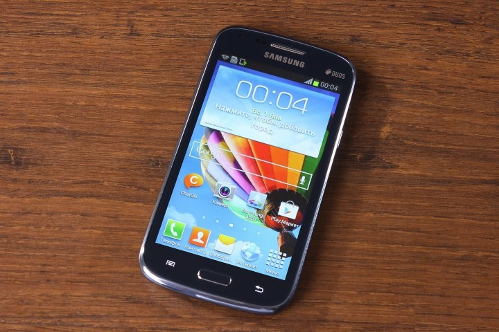 Review of the smartphone Samsung Galaxy Core i8262