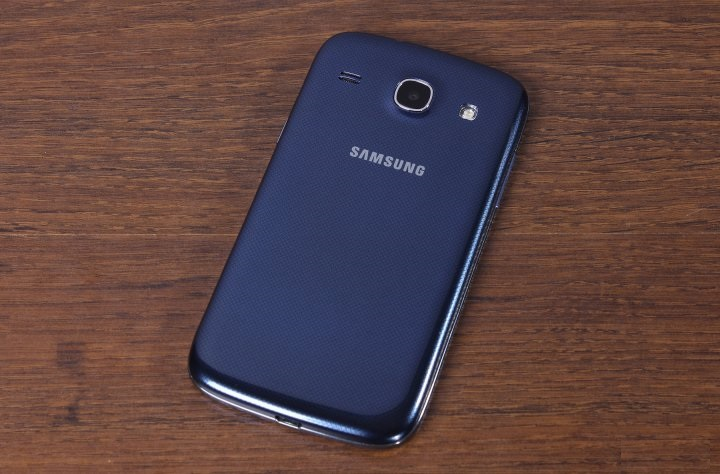 review-smartphone-samsung-galaxy-core-i8262-raqwe.com-07