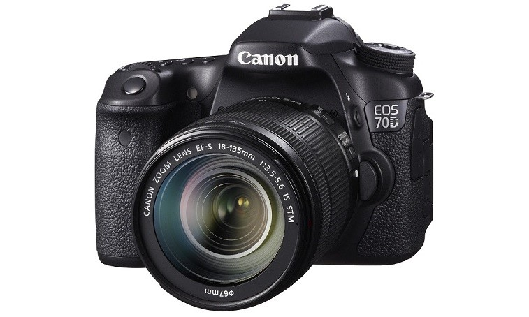 START SELLING SLR CAMERA CANON EOS 70D