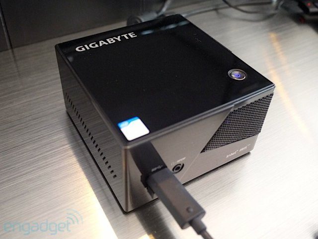 brix portable gaming pc from gigabyte. Black Bedroom Furniture Sets. Home Design Ideas