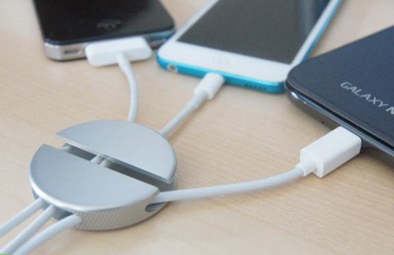 qooqi-stylish-holder-wires-raqwe.com-01