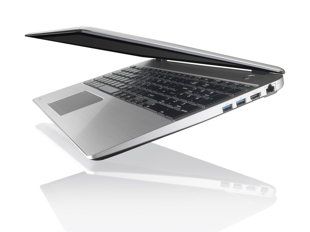review-notebook-toshiba-satellite-u50t-raqwe.com-04