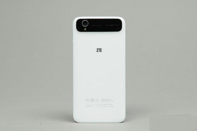review-zte-grand-v988-raqwe.com-04