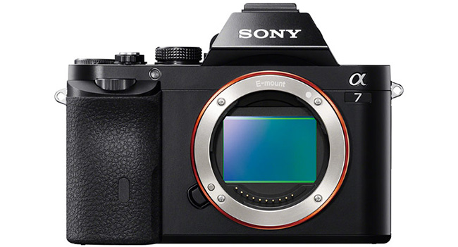 Sony officially unveiled the full-frame mirrorless camera α7R and α7, lenses and accessories