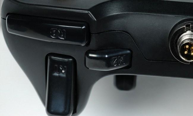 razer-sabertooth-professional-game-pad-xbox-360-pc-raqwe.com-12