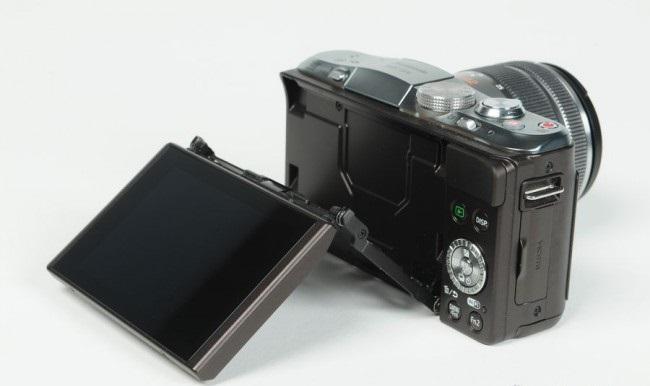 review-camera-panasonic-lumix-dmc-gf6-raqwe.com-04