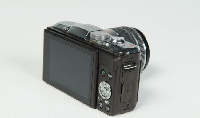 review-camera-panasonic-lumix-dmc-gf6-raqwe.com-07