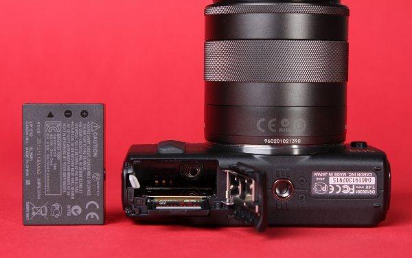 review-mirrorless-camera-canon-eos-raqwe.com-08