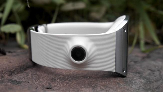 review-samsung-galaxy-gear-smart-watch-growth-raqwe.com-10