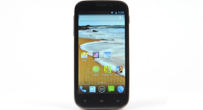 Review of smartphone Fly IQ4404 Spark