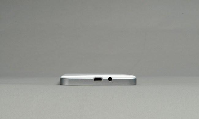 review-smartphone-gigabyte-gsmart-sierra-s1-raqwe.com-13