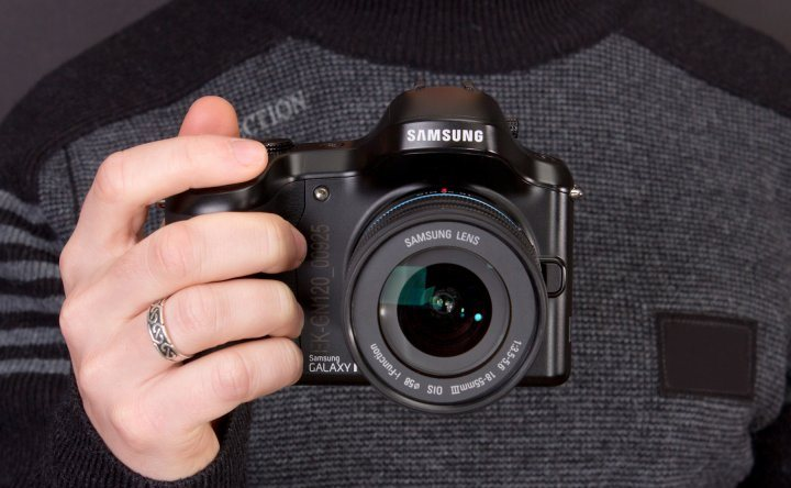 samsung-galaxy-nx-mirrorless-camera-android-raqwe.com-09