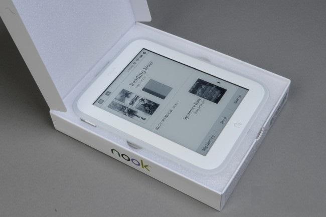 review-reader-barnes-noble-nook-glowlight-raqwe.com-03