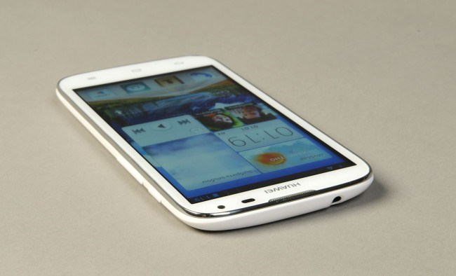 review-smartphone-huawei-ascend-g610-raqwe.com-16