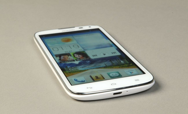 review-smartphone-huawei-ascend-g610-raqwe.com-17