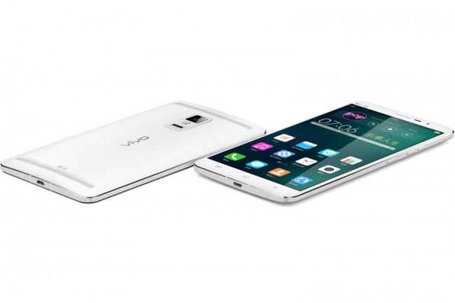 ivo-xplay-3s-worlds-smartphone-screen-resolution-2k-2560x1440-pixels-raqwe.com-01