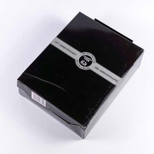 koss-porta-pro-overview-legendary-headphones-drawing-sporta-pro-raqwe.com-02