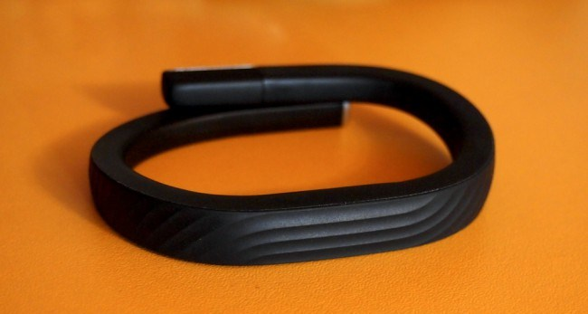 Review Jawbone UP24: just add Bluetooth