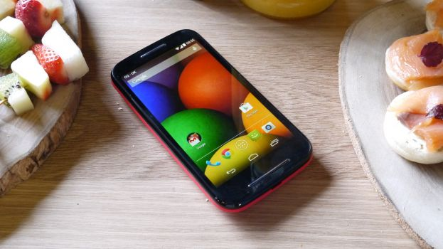 Review of Motorola Moto E: budget smartphone with decent features