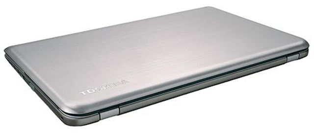 review-toshiba-satellite-p50t-exquisite-multimedia-notebook-raqwe.com-02