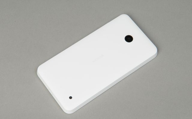 review-smartphone-nokia-lumia-630-raqwe.com-02