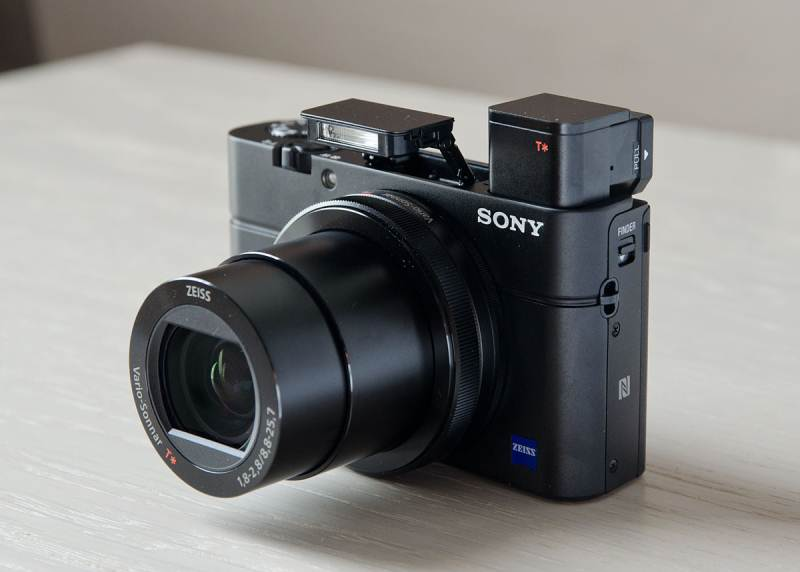 sony cyber shot rx100 iii first impressions. Black Bedroom Furniture Sets. Home Design Ideas
