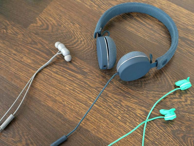 Rerview Urbanears Humlan, Bagis and Medis: hear color
