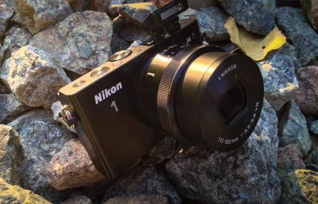 Review of Nikon 1 J4 – a small, stylish camera that is always with you