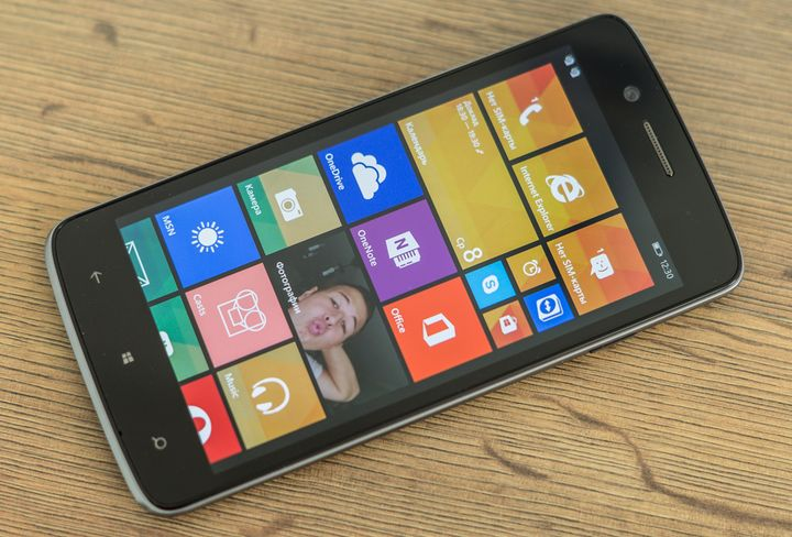 Review of the Prestigio MultiPhone 8500 DUO it's new windows phone
