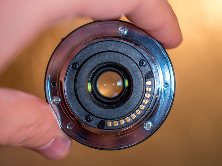 """Panasonic 14mm F2.5 review. The smallest """"pancake"""" system"""