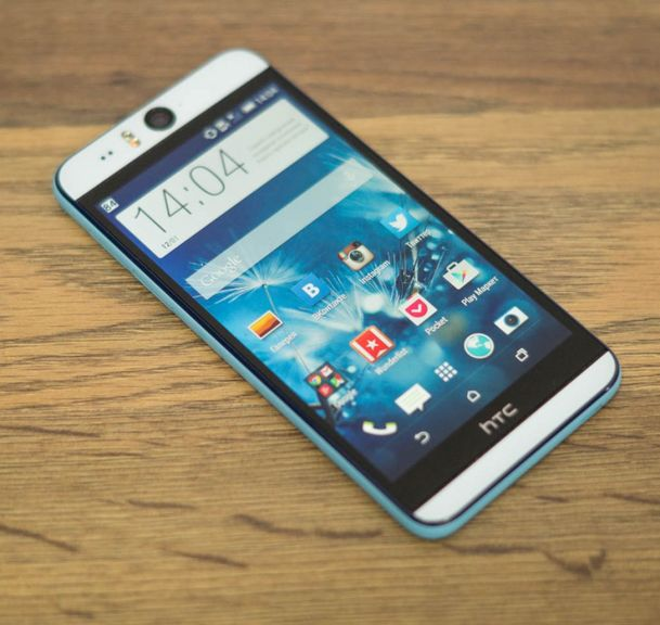 Review of the smartphone HTC Desire EYE - falcon eye