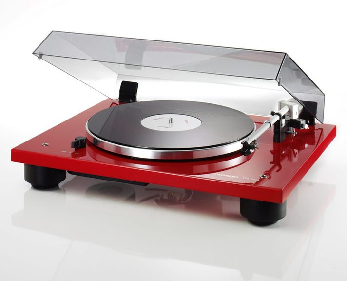 Review of turntables Clearaudio Concept: Circulation of things in nature