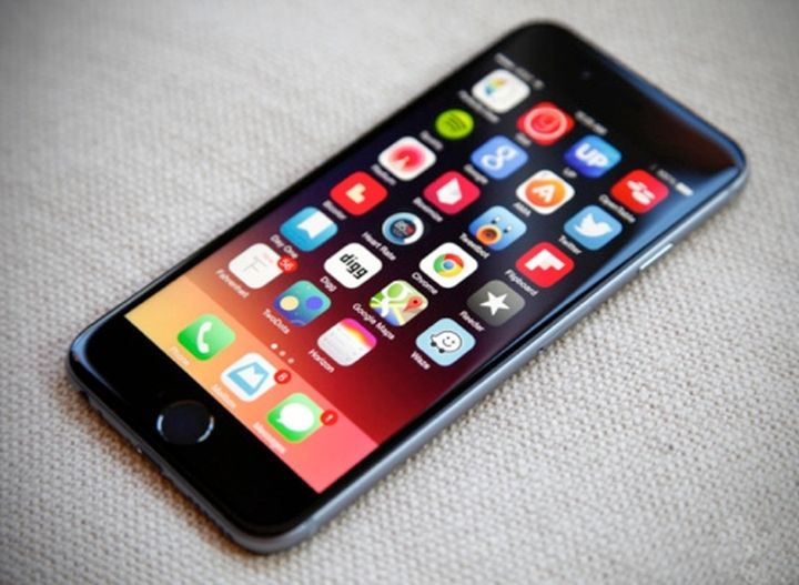 "Hackers have learned to do ""eternal jailbreak"" iPhone and iPad"