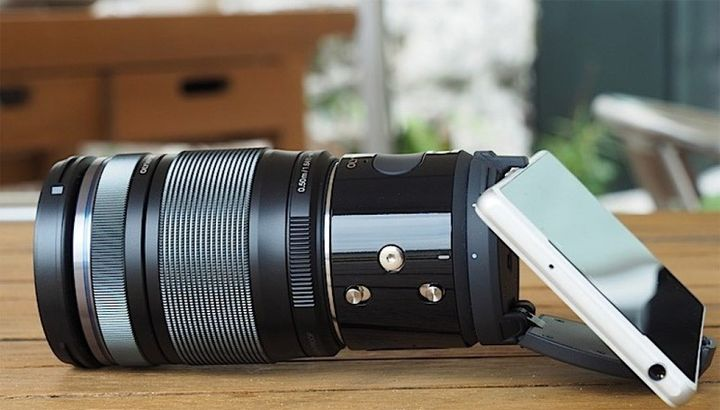 Olympus Air: new camera lens for smartphone