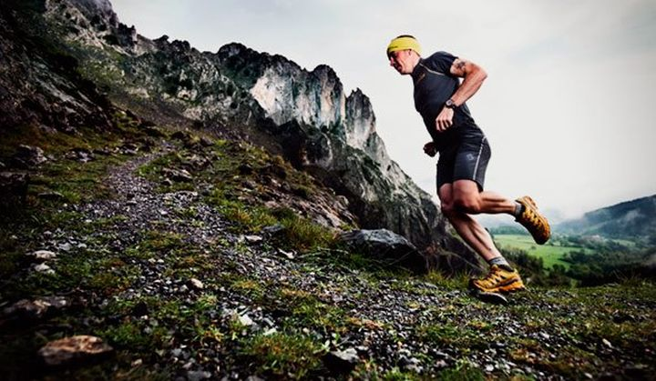 LA SPORTIVA MUTANT - STRONG running shoes over rough terrain