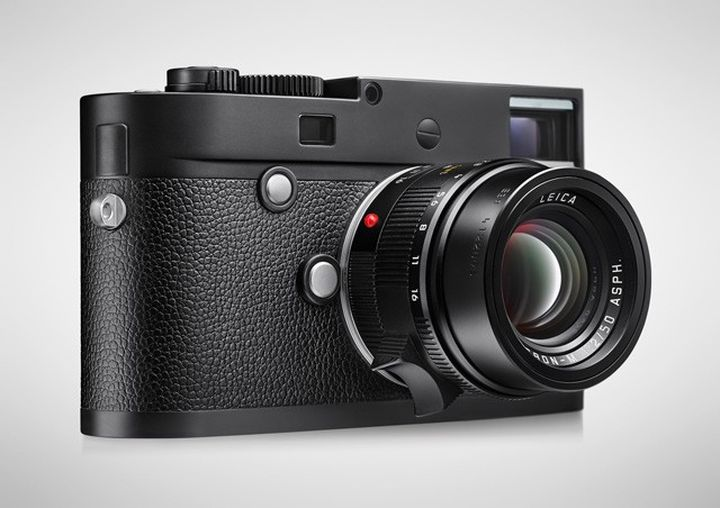 Leica M Monochrom Type 246 price of 7450 dollars