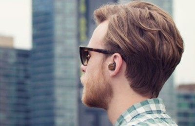 Motorola Moto Hint +: tiny wireless headset