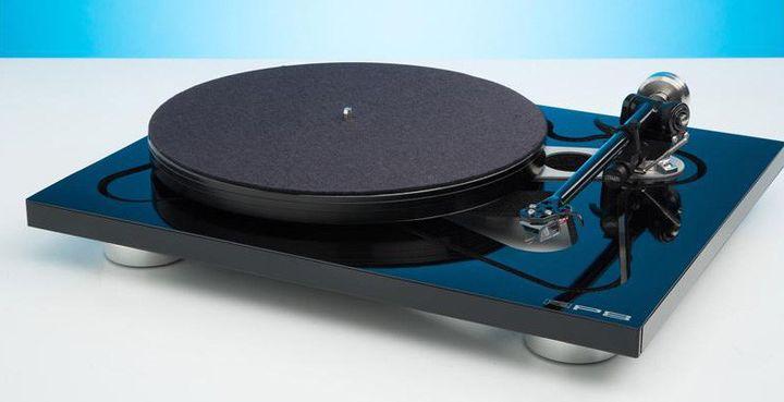 New turntable: Rega RP8/Apheta review