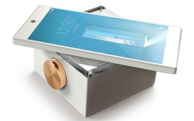 Review Pantech IM-100: music smartphone
