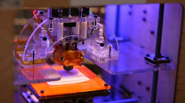 3d-printing-waiting-explosive-growth-2014-raqwe.com-01