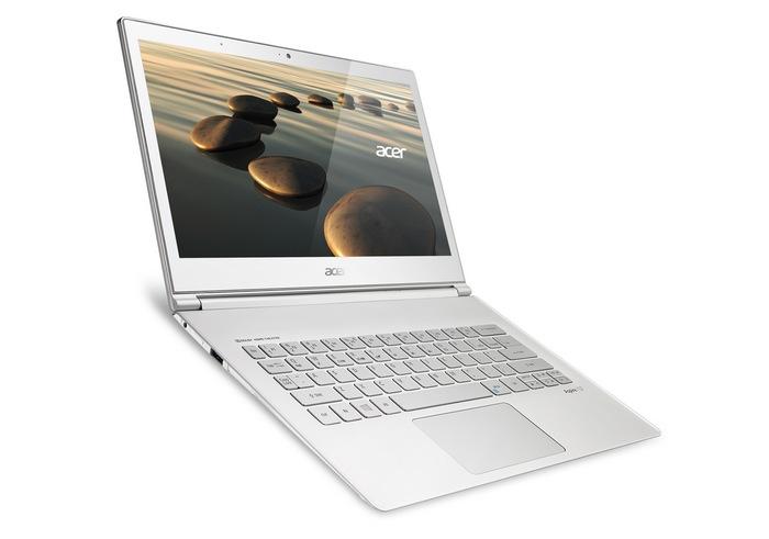 acer-aspire-s7-392-compact-windows-8-ultrabook-raqwe.com-02
