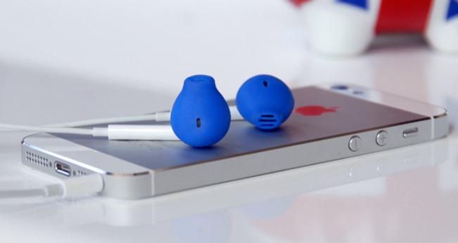apple-earskinz-headphones-longer-fall-ears-raqwe.com-01
