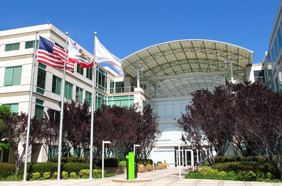apple-revenues-35-3-billion-profits-6-9-billion-fiscal-quarter-iii-raqwe.com-01