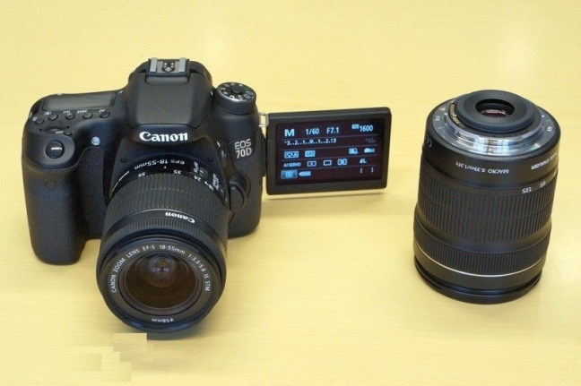 canon-eos-70d-slr-camera-shooting-video-raqwe.com-04