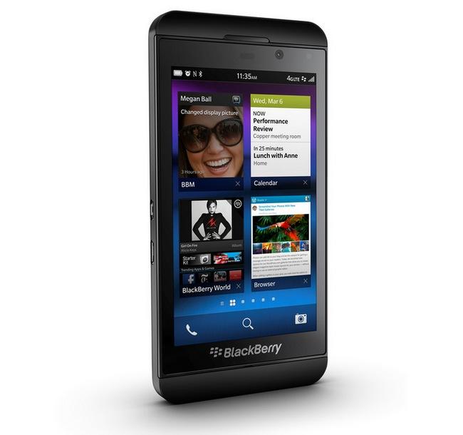 BlackBerry-Z10-raqwe.com-01