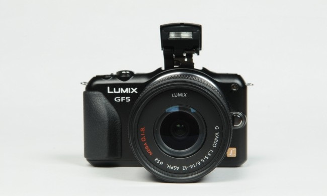 Review of Camera Panasonic Lumix GF5-raqwe.com-05