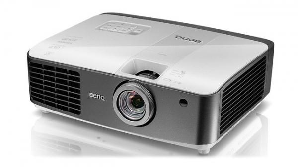 benq-w1500-wireless-projector-3d-support-raqwe.com-01