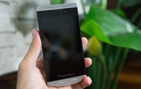blackberry-launch-z10-porsche-design-raqwe.com-01