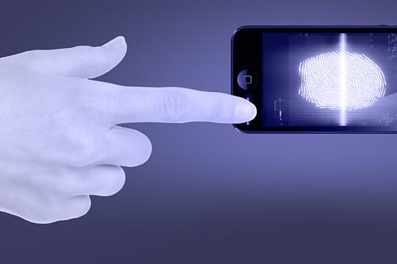 expert-spoke-fingerprint-reader-iphone-5s-raqwe.com-01